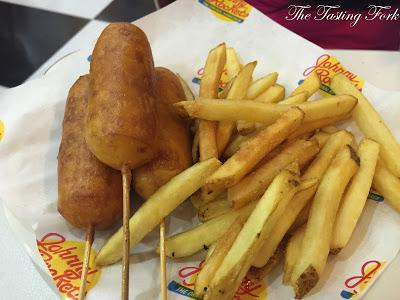 Burgers, Shakes & More: Johnny Rockets in SELECT Citywalk, Saket