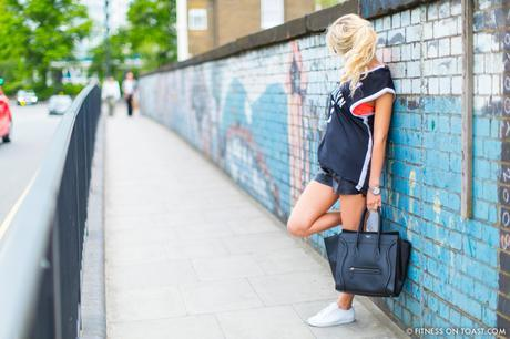 FITNESS ON TOAST FAYA BLOG GIRL HEALTHY WORKOUT STREET FITNESS FASHION LOOK CLOTHES OOTD GYM GEAR KIT STREET STYLE MONOCHROME-13