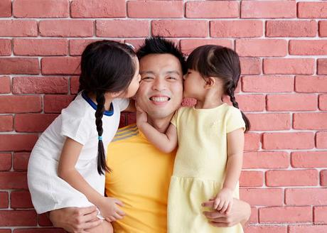 Daddy and his girls {Father's Day Photoshoot with Orange Studios}
