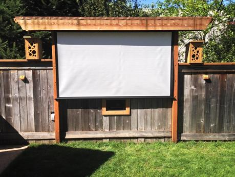 awesome outdoor movie screen ideas for summer paperblog