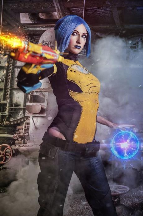 maya_cosplay_by_nebulaluben-d8webuw