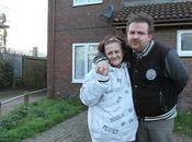 Benefits Couple 'thank You' Taxpayer Footing Bill Their £5,000 Wedding… Fund Luxury Honeymoon!