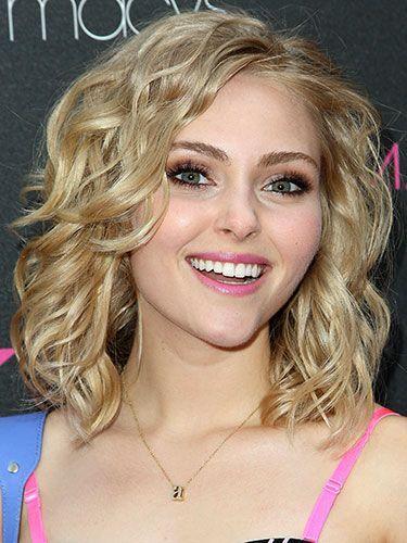 Awe Inspiring Very Short Hairstyles For Round Face Females Cute Looks Paperblog Short Hairstyles Gunalazisus
