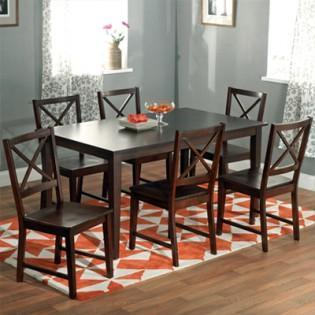 Top tips for picking a dining table set matching your interiors