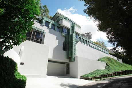 A Famed Art Deco House Designed by Frank Lloyd Wright in Los Angeles ...