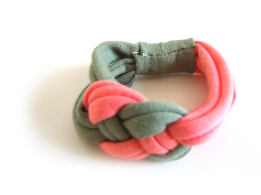Knotting T-Shirt Yarn Wrist Scarves