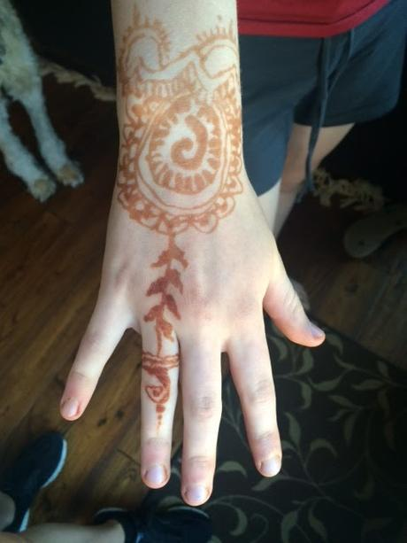 Henna Tattoo FUN! A Great teenage PARTY idea.