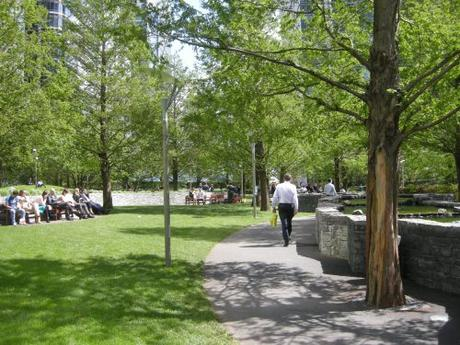 Jubilee Park, Canary Wharf, London - Footpath next to water feature