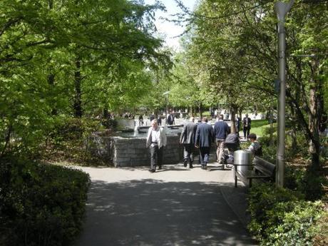Jubilee Park, Canary Wharf, London - East park entrance