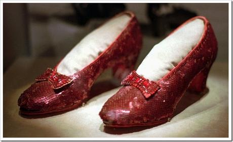 Judy-Garland-sparkling-Ruby-shoes