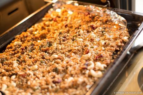 Fitness On Toast Faya Blog Girl Healthy Recipe Granola Quinoa Steens Manuka Honey UMF-7