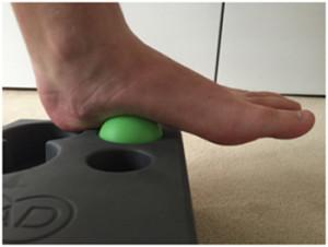 self massage of the foot arch1 300x226 Self Massage And Myofascial Release For Ultra Athletes