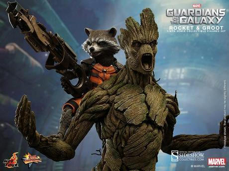 rocket-and-groot-figure