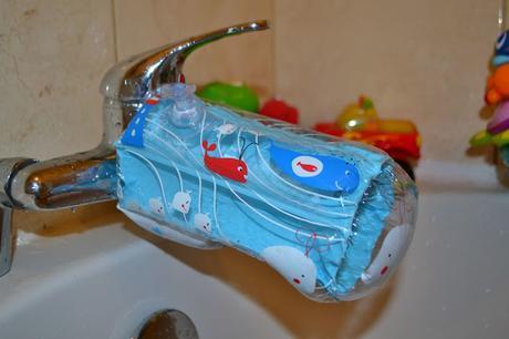 Dreambaby® bath spout cover