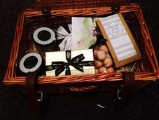 Serenata Hampers Review Competition