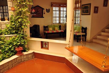 Oonjal wooden swings in south indian homes paperblog for South indian home images