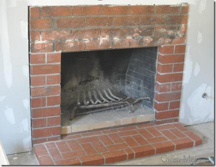 How I Painted My Red Brick Fireplace with White Chalk Paint ...