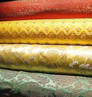 Ferrying Silk along the Silk Road