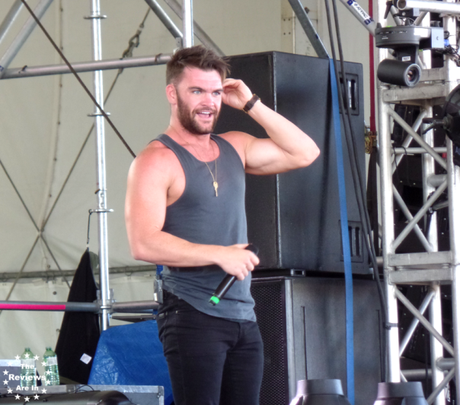 Dylan Scott Boots and Hearts 2015 3