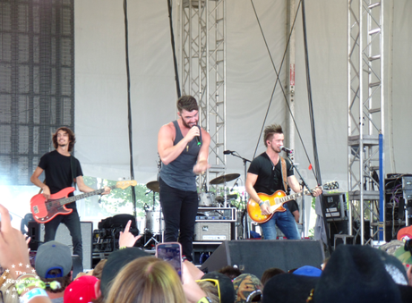 Dylan Scott Boots and Hearts 2015 5