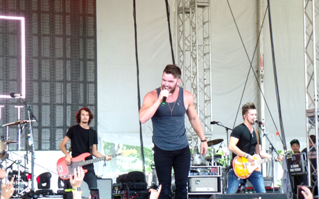 Dylan Scott Boots and Hearts 2015 2