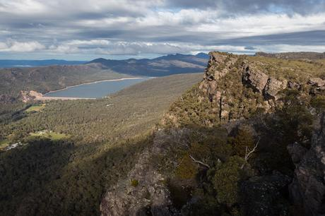 lake bellfield from pinnacles grampians