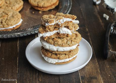 Peanut Butter Oatmeal Sandwich Cookies with Marshmallow Creme Filling ...