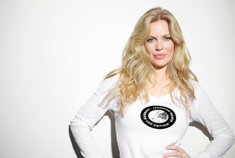 ModWoman Gets to the Heart of Kristin Bauer van Straten