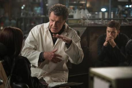 "Review #3252: Fringe 4.10: ""Forced Perspective"""