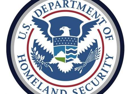 Britons denied entry to US after Homeland Security doesn't find 'destroy America' twitter joke funny