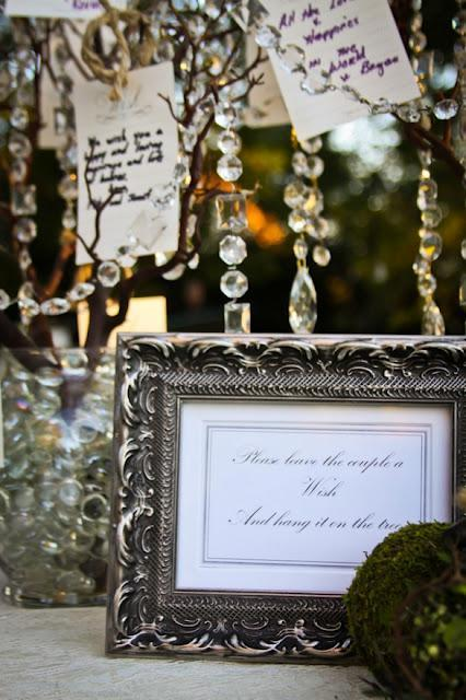 Three Wedding Guest Book Alternatives - Paperblog
