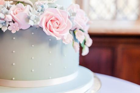 RT_Wedding_cake_Flowers