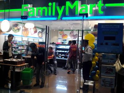 Welcome to Cebu, Family Mart!