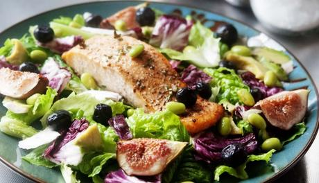 Broiled Salmon and Figs Salad