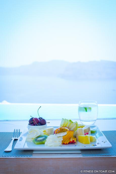 Fitness On Toast Faya healthy blog girl Katikies Hotel Travel Active Escape Luxury Holiday Fit Workout Health Retreat Detox Greece Santorini Tourism LHW-2