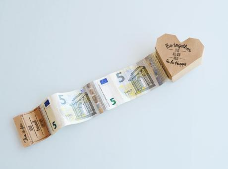 The Coolest Way To Give Money At A Wedding Diy Styles