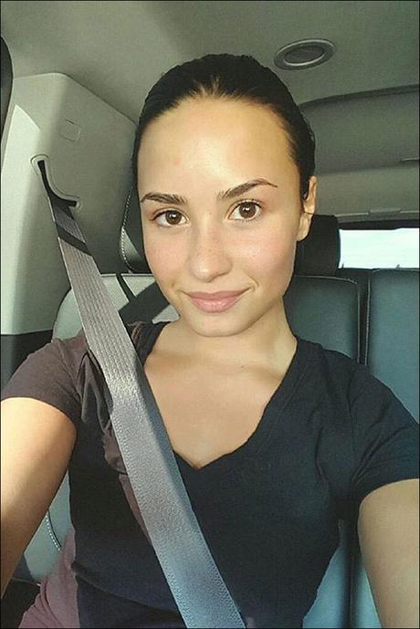 Demi-Lovato-Makeup-Free-Photo