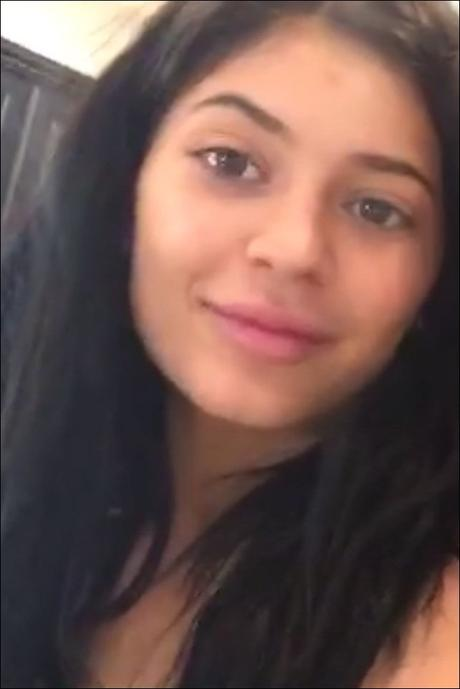 Kylie-Jenner-Makeup-Free-Photo