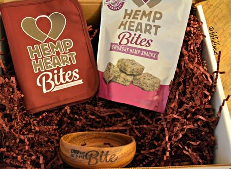 Hemp Heart Bites Review, Discount & Photo Challenge | Manitoba Harvest | Snack | Vegan | Gluten Free