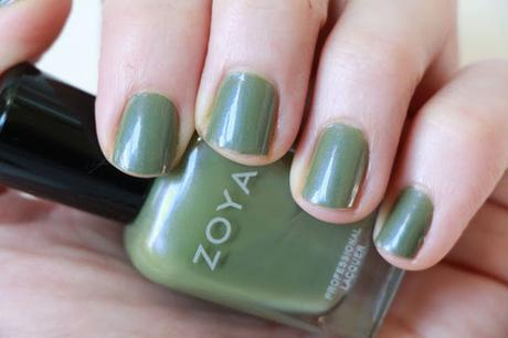 #ManiMonday - Gemma from Zoya - A Fall Fav