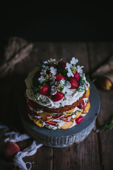 8 Alternative (& AWESOME!) Flavours For Your Wedding Cake