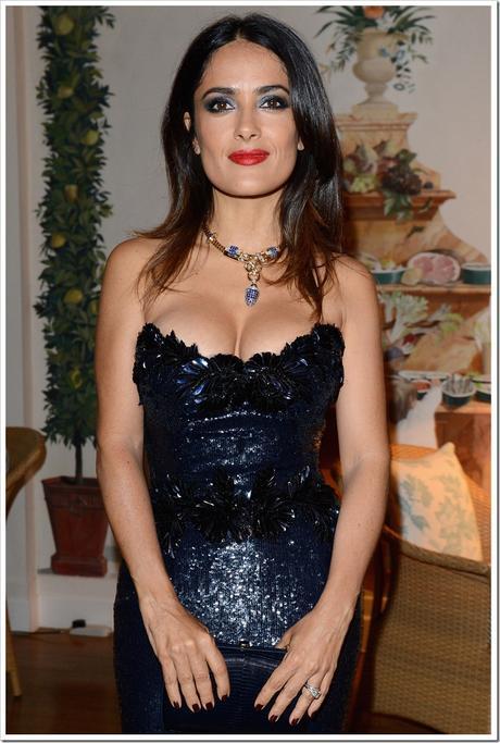Salma-Hayek-Wear-Sapphire-and-Diamond-Necklace