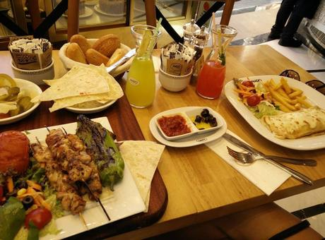 What the lunch at Mado looked like...yummy!!