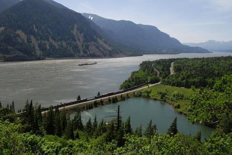 Columbia River Gorge Best day trips from Portland