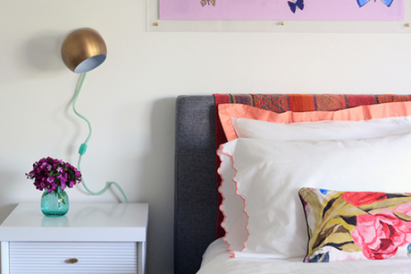 DIY yarn wrapped sconce cords by Little Green Notebook