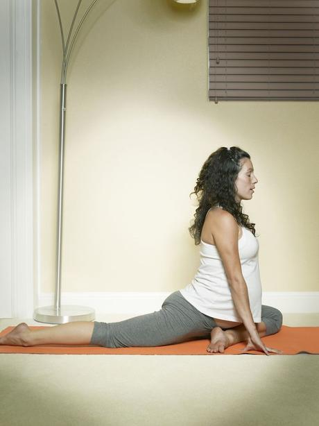 Top 5 Poses for Pregnancy   Mommy's ER - An Everyday Resource for Natural Children's Health:
