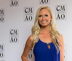 Lindsay Broughton at the 2015 CMAO Awards.