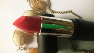 Seduction Las Vegas Lipstick in No18 Review, Swatch, Price & Application