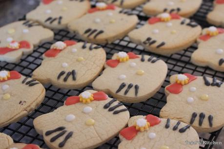 Cut out Sugar Cookies – Hello Kitty