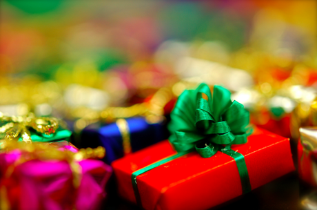 The_Simple_Guide_To_Buying_GiftsFor_Young_Children_04